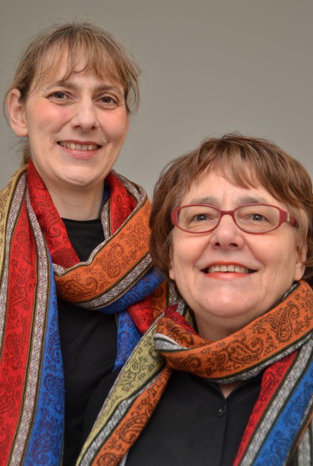 Claudia und Christiane Lux sind das Duo Dreiklang